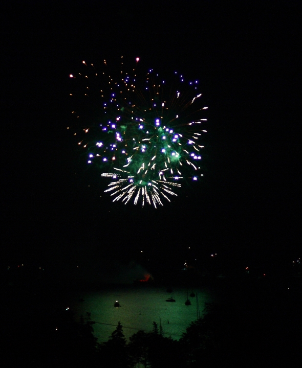 7-4-13 fireworks in SWH 110
